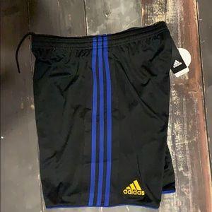 NWT men's Adidas soccer shorts climacool Medium